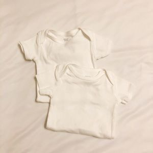 2 plain white onesies